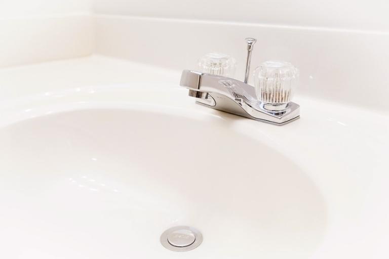 05_guest_bath_blog