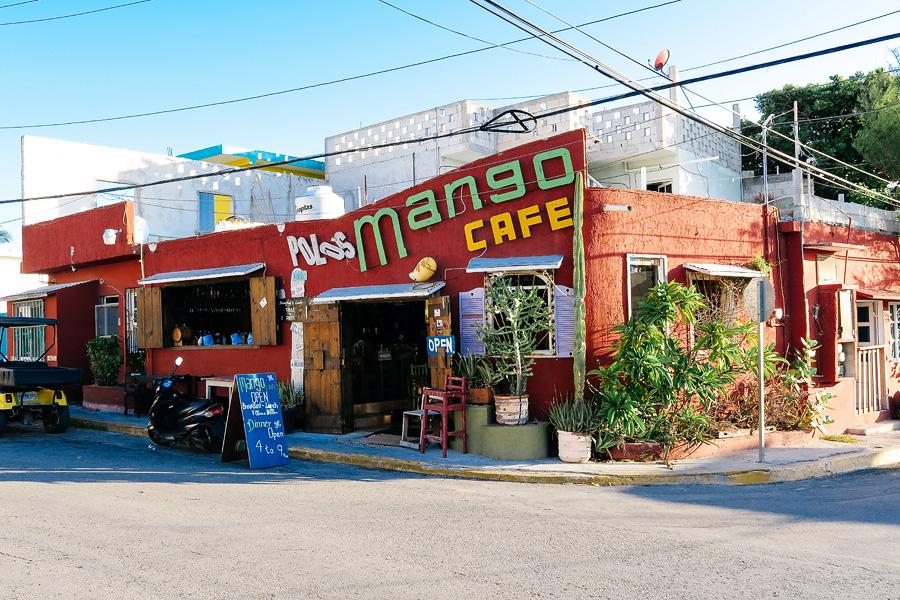 02_eating_on_isla_mujeres_blog