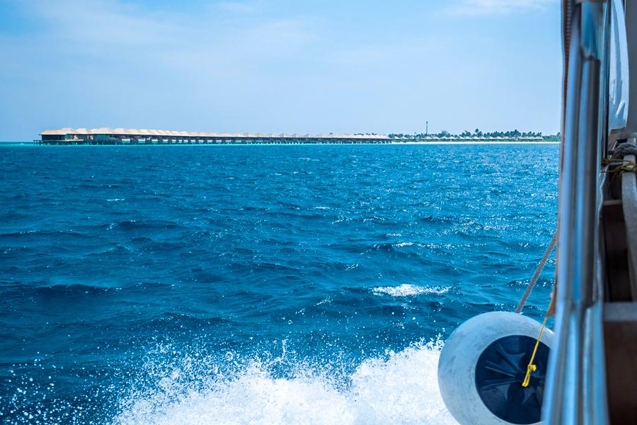 01-maldives-hurawahli-resort-undersea-restaurant-blog