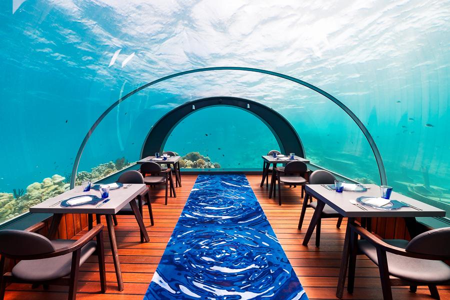 22-maldives-hurawahli-resort-undersea-restaurant-blog
